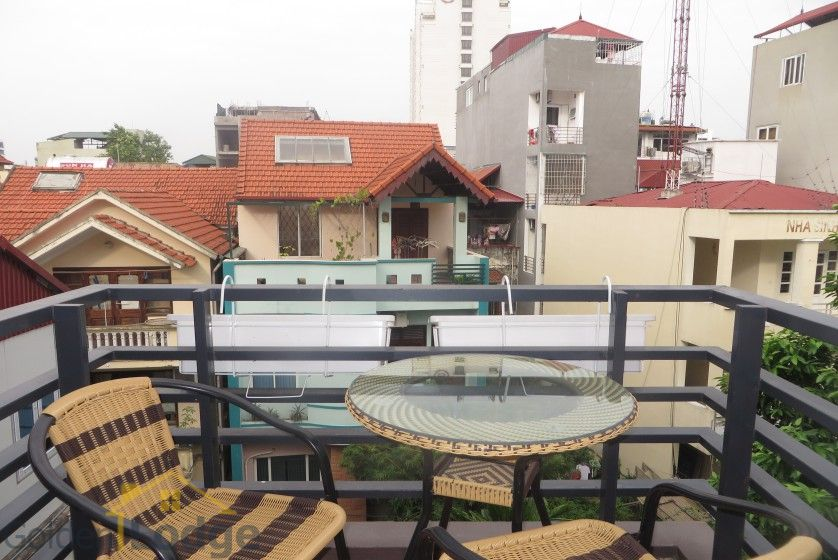 Studio apartment in Nghi Tam village Tay Ho with balcony 6