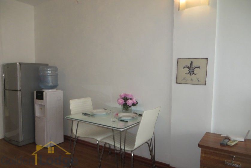 Studio apartment in Nghi Tam village Tay Ho with balcony 8