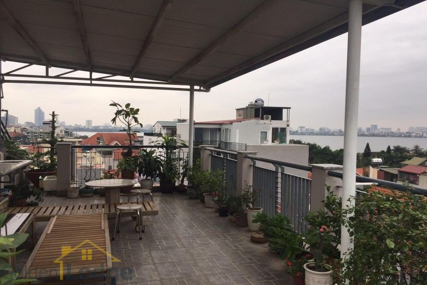 Studio on Dang Thai Mai street for rent Tay Ho balcony 6