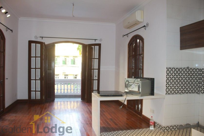 Swimming pool house in To Ngoc Van street, Tay Ho for rent 10