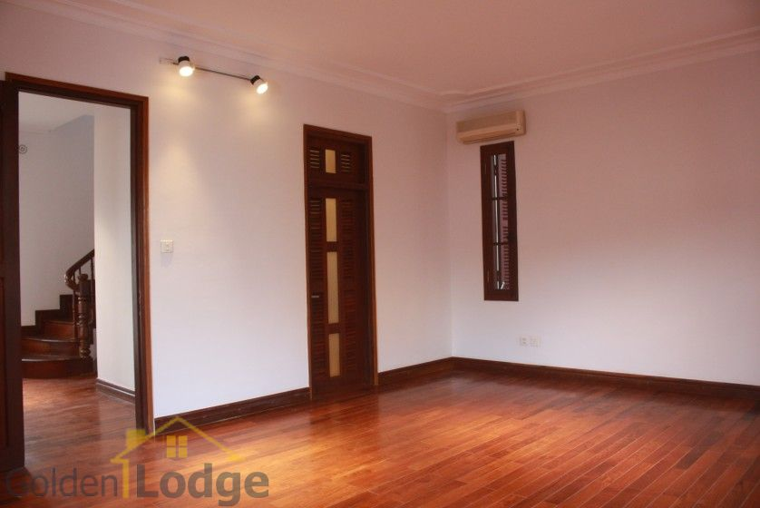 Swimming pool house in To Ngoc Van street, Tay Ho for rent 13