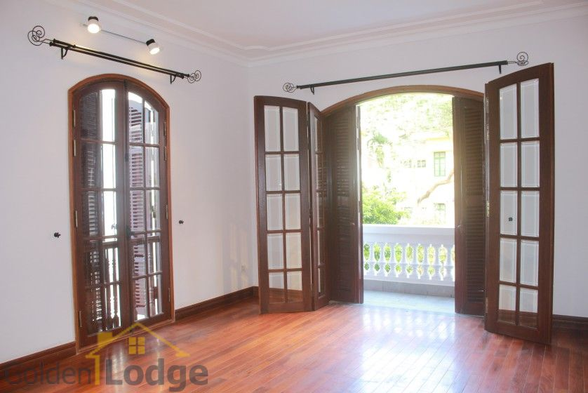 Swimming pool house in To Ngoc Van street, Tay Ho for rent 16
