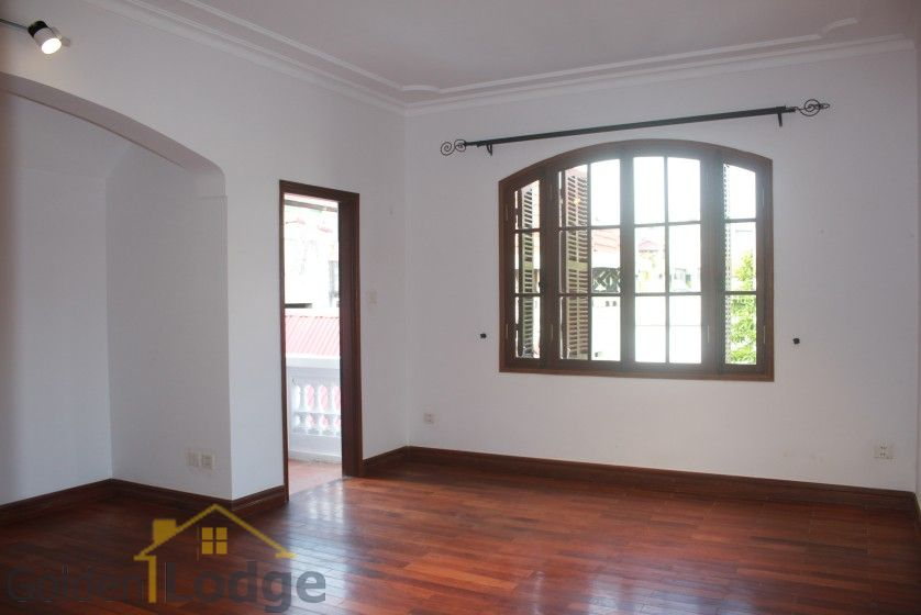 Swimming pool house in To Ngoc Van street, Tay Ho for rent 19