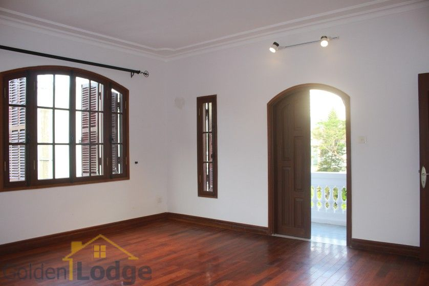 Swimming pool house in To Ngoc Van street, Tay Ho for rent 20