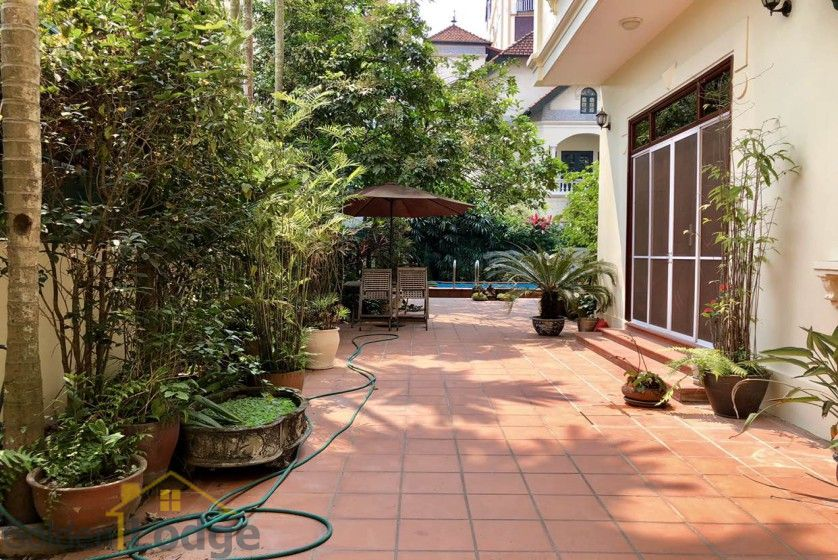 Swimming pool villa in Tay Ho, Hanoi for rent, five bedrooms 1