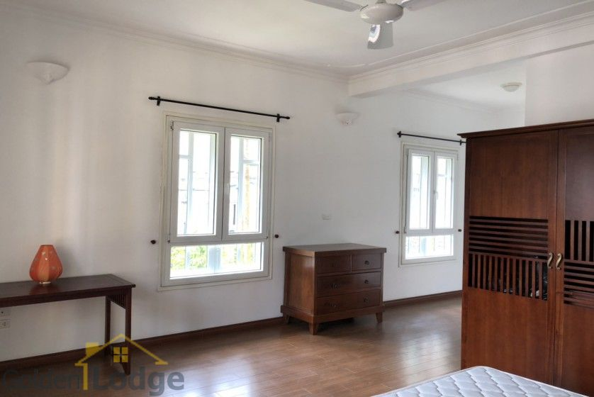 Swimming pool villa in Tay Ho, Hanoi for rent, five bedrooms 10