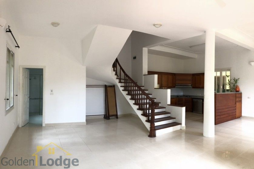 Swimming pool villa in Tay Ho, Hanoi for rent, five bedrooms 6