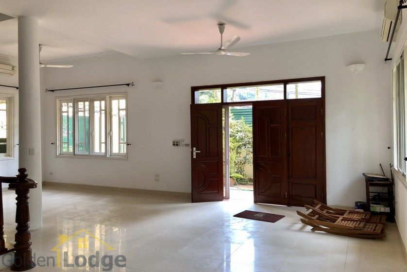 Swimming pool villa in Tay Ho, Hanoi for rent, five bedrooms 7
