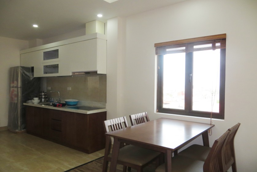 Tay Ho apartment for rent with 2 bedrooms in Nghi Tam 2