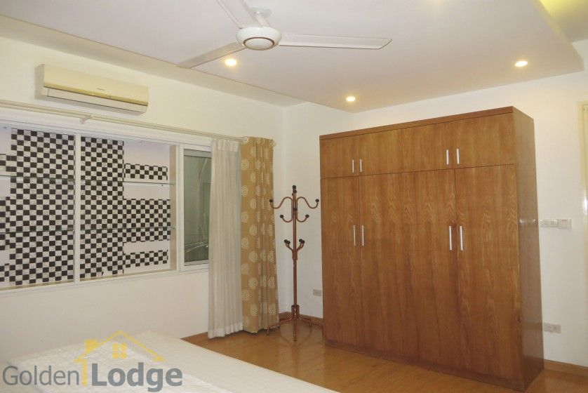 Tay Ho apartment to rent with 2beds 2 baths near Water park 12