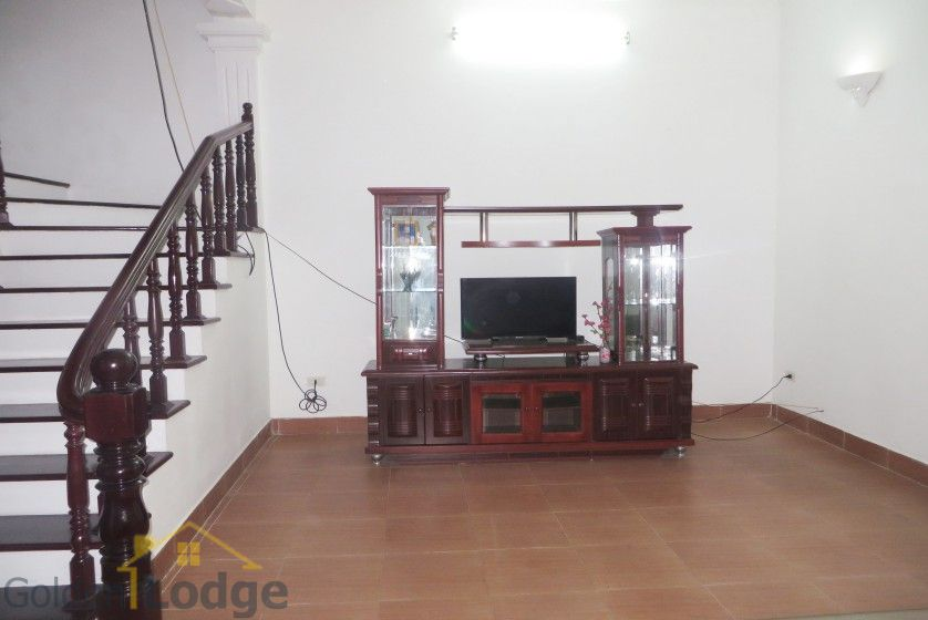 Large yard Tay Ho house rental with four bedrooms fully furnished 4