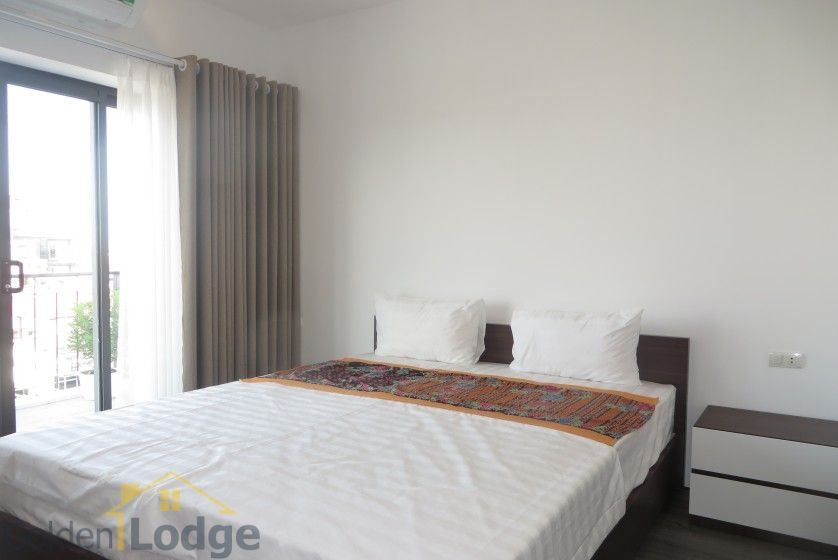 Tay Ho studio apartment for rent with 1 shower room furnished 12
