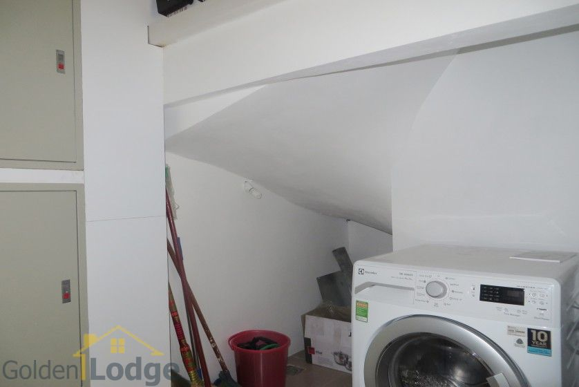 Tay Ho studio apartment for rent with 1 shower room furnished 13