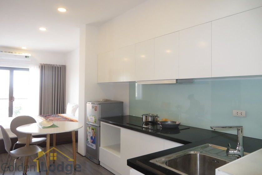 Tay Ho studio apartment for rent with 1 shower room furnished 3