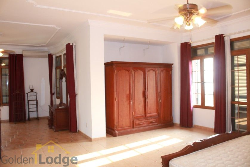Terraced house in Tay Ho district for rent with swimming pool 16