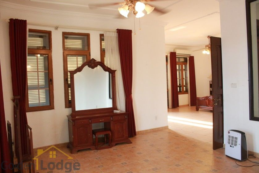 Terraced house in Tay Ho district for rent with swimming pool 19