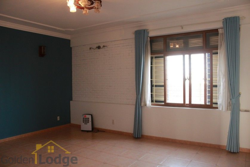 Terraced house in Tay Ho district for rent with swimming pool 27