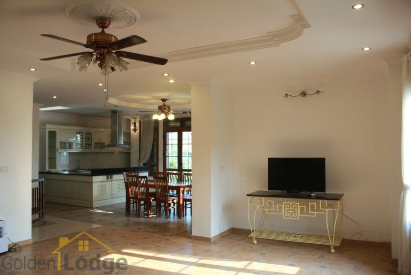 Terraced house in Tay Ho district for rent with swimming pool 4