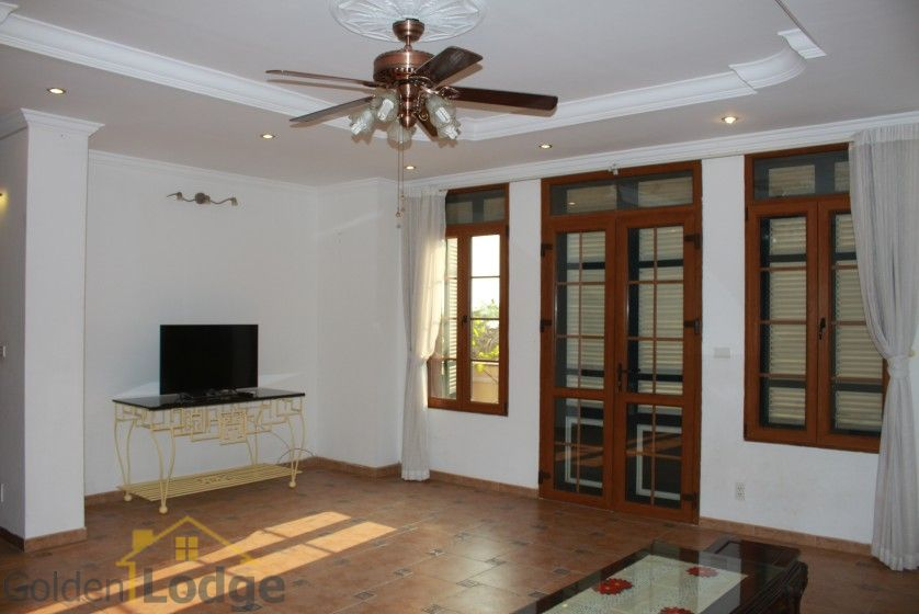 Terraced house in Tay Ho district for rent with swimming pool 5