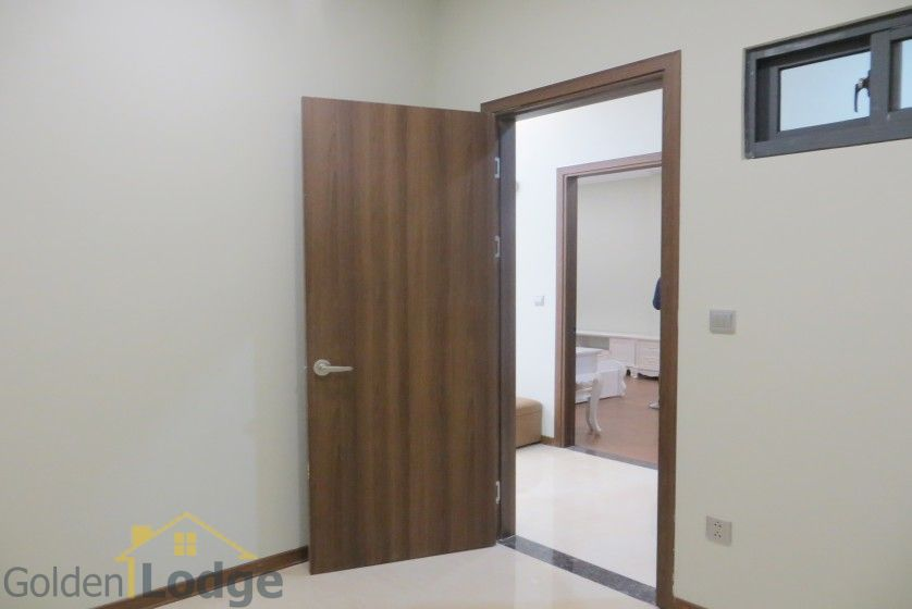 Trang An Complex apartment with 2 bedrooms and 1 small room 7