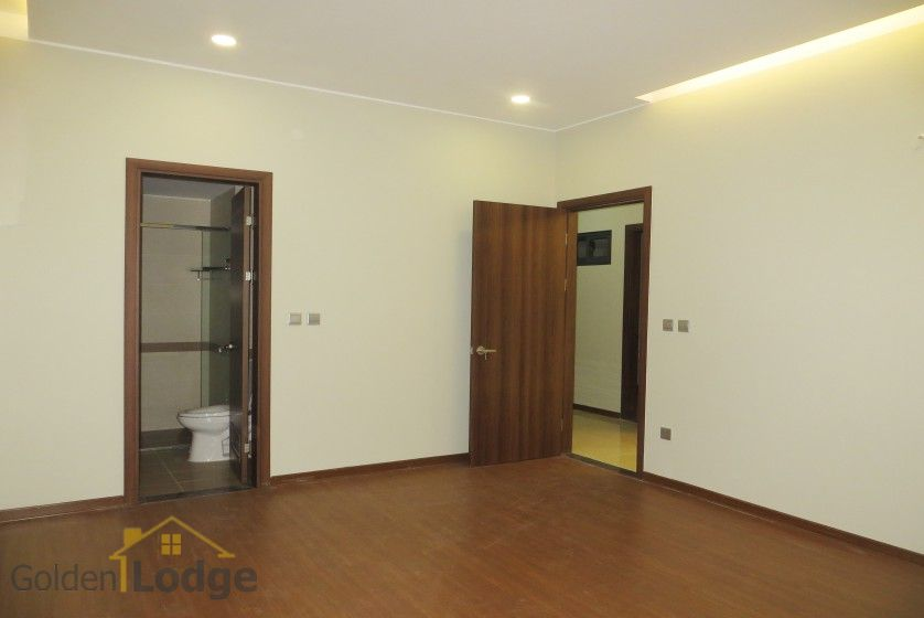 Unfurnished apartment rental in Trang An Complex 3 bedrooms, park view 14