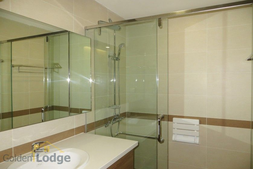 Unfurnished apartment rental in Trang An Complex 3 bedrooms, park view 16