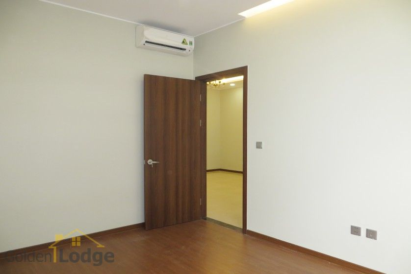 Unfurnished apartment rental in Trang An Complex 3 bedrooms, park view 18