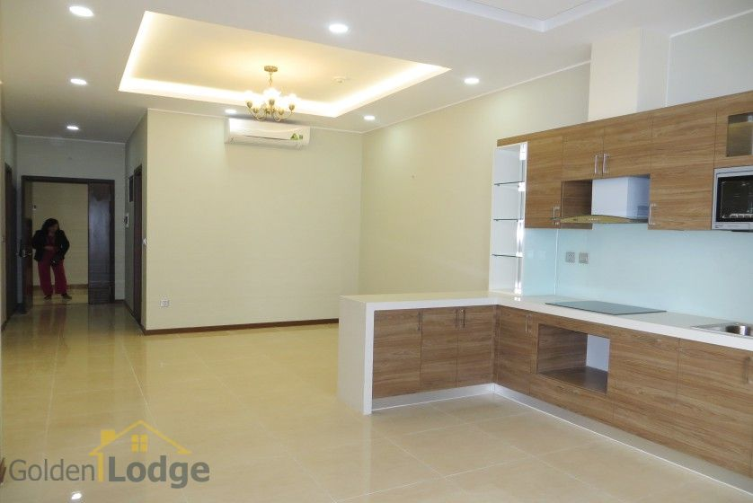 Unfurnished apartment rental in Trang An Complex 3 bedrooms, park view 4
