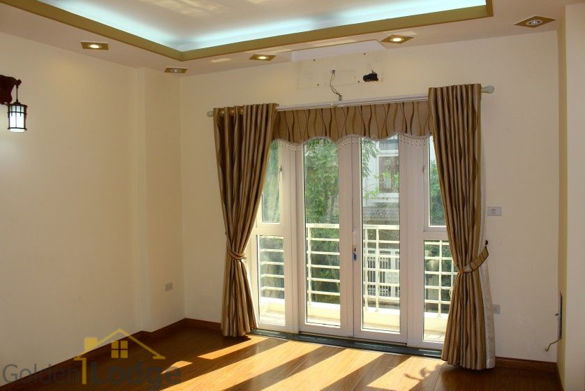 Unfurnished house in Long Bien to rent near Ngoc Thuy market 6