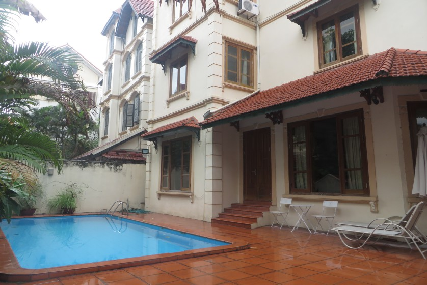 Unfurnished Tay Ho house rental in To Ngoc Van street Hanoi