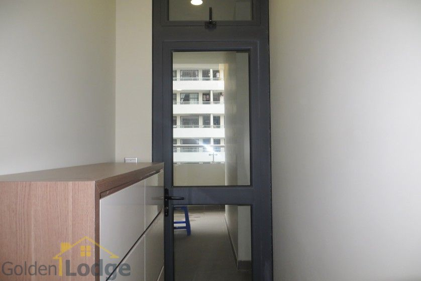 Unique 2 + 1 bedroom apartment rental in Trang An Complex furnished 16