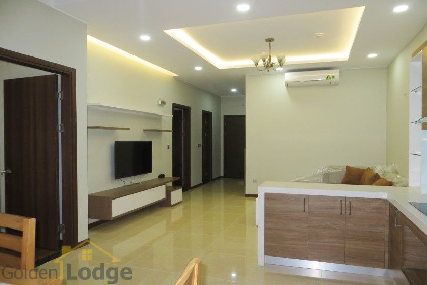 Unique 2 + 1 bedroom apartment rental in Trang An Complex furnished 7