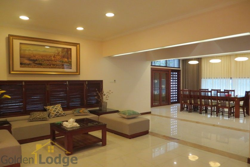 Villa in Tay Ho – Westlake on Dang Thai Mai street with pool 11