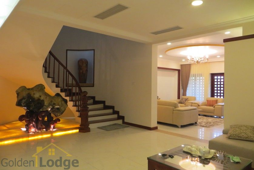 Villa in Tay Ho – Westlake on Dang Thai Mai street with pool 12