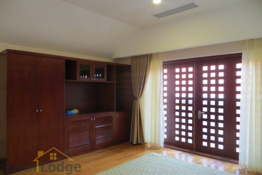 Villa in Tay Ho – Westlake on Dang Thai Mai street with pool 26