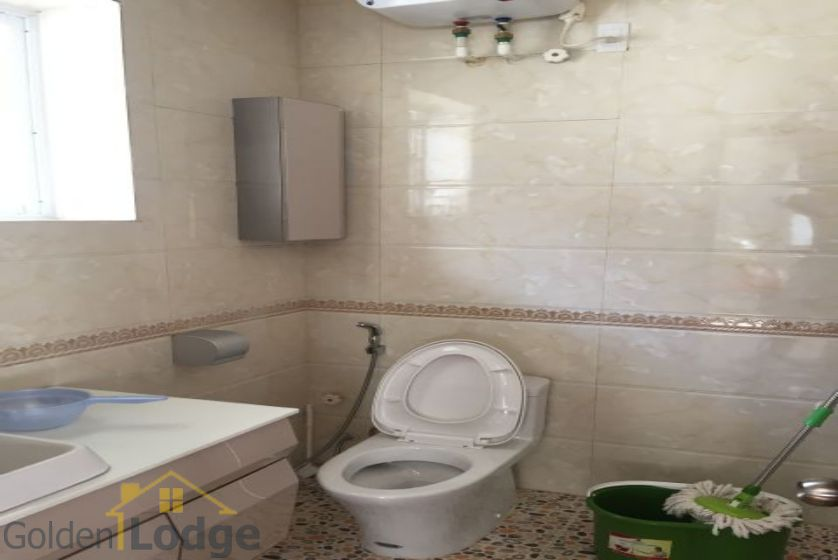 Villa in Vinhomes Riverside for rent in Viet Hung, furnished 9