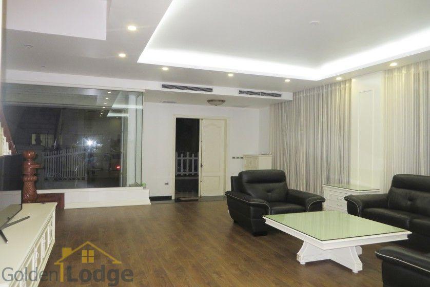 villa in vinhomes riverside to rent with  bedrooms, near almaz, Bedroom designs