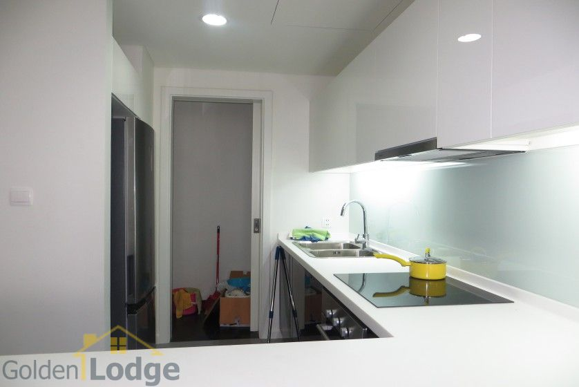 Watermark Hanoi 02 bedroom apartment for rent 86m2 7