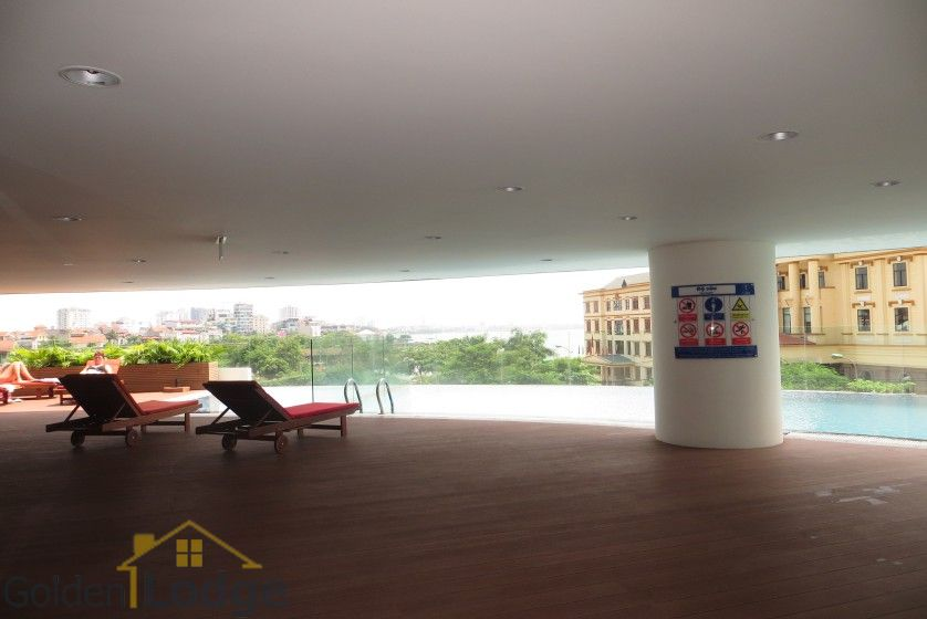Watermark Hanoi 02 bedroom apartment for rent 86m2 17